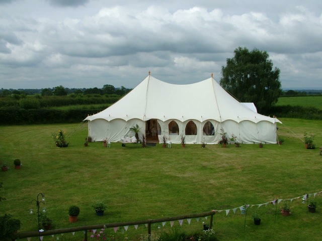 luxury white wedding tent for rental in UK